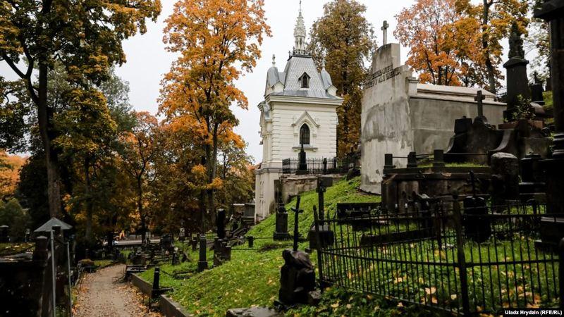 Картинки по запросу В Литве хотят дать бесплатные визы для беларусов к перезахоронению Калиновского